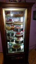 Bekannt für unsere hausgemachten Kuchen, Strudel und Saisonbedingt dem Zwetschken Datschi